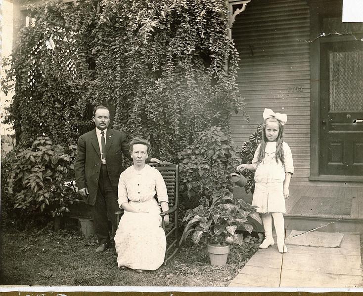 "Warner Underwood Irwin (1873-1968), Minnie Jane (Meredith) Irwin (1869-1968), Thelma Mae Irwin (1904-2001) Written in the Rogers Reunion Photo Album Volume II page 37 ""Warner & Minnie Irwin and only child Thelma"""