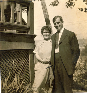 "Louis Elliott Valenta (1888-1959 ) and Gertrude L. (Frantz) Valenta (1890-) Written in the Rogers Reunion Photo Album Volume II page 39 near the photo  ""Mr. and Mrs. Louis Valenta  Gertrude L. Frantz 1890 Married May 19, 1913  Louis Elliott Valenta 1888-1959 No children"""