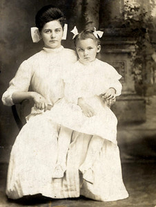 Nan Dickey (wife of Henry) and daughter Maude (Burgess)