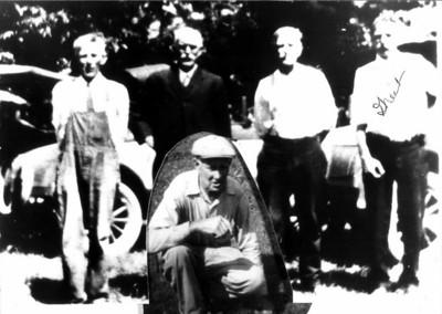 Joe, Henry, Ira Spohr, and John Dickey (inset) Cliff Dickey, Henry's son