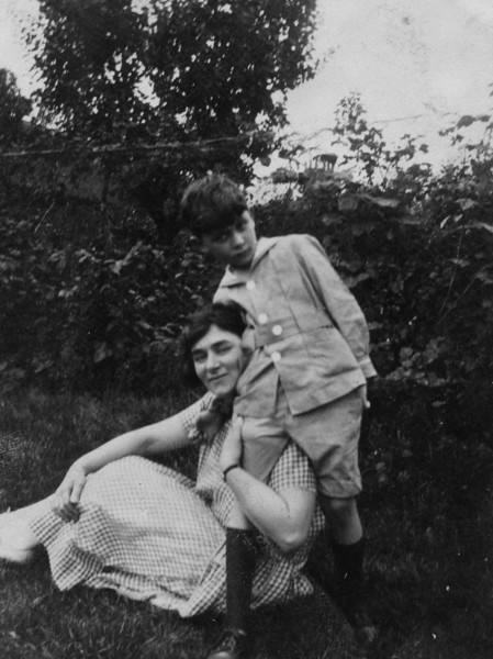 Sadie Miller, Carl Rothschild<br /> <br /> early 1920s, England