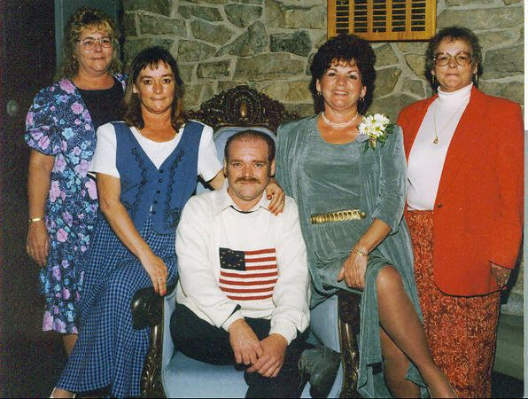 Sande, Karen, Floyd, Phyllis and Anna.