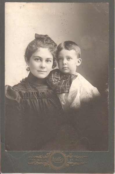 Grace Welch and Fenton Welch, Minneapolis