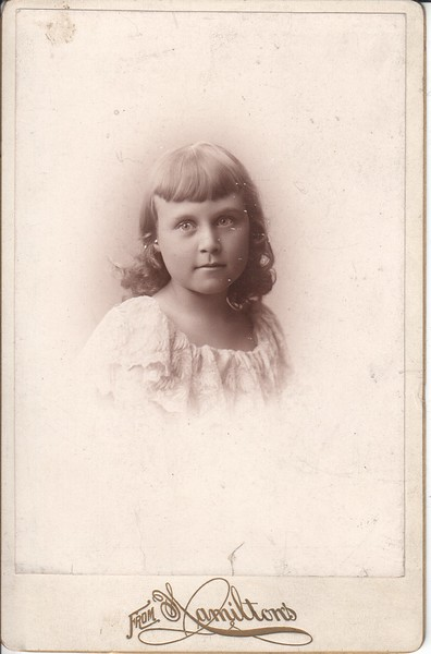 Belle Searle as a young girl, Minneapolis