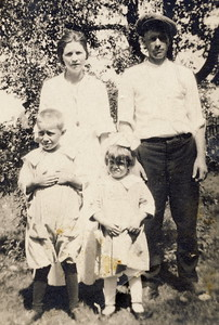 Elsie Majors and Charles Brewer with Nelson & Hazel circa 1921