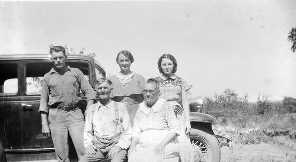 James Matthews and Della Greathouse with Lawrence, Edna, Edith, circa 1940