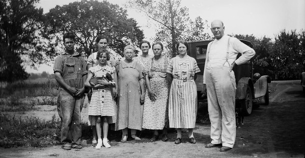 L to R Lawrence Matthews, Edna Matthews,  Edith, Mary, Della, Jersey, Clara Greathouse. Elsie Majors. Reverend Louis Tucker (Jersey's husband). Circa 1920's
