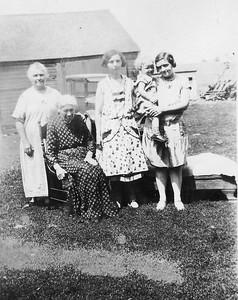 L to R Louisa Stein, her mother Frances (Eich) Schmitz, Alma Stein?, unknown