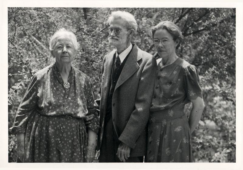 Claudine Deforest (Stevens) Benshoff (1869-1960) husband Will Alton Benshoff (1869-1959) daugher Hazel Benshoff (1896-1991)