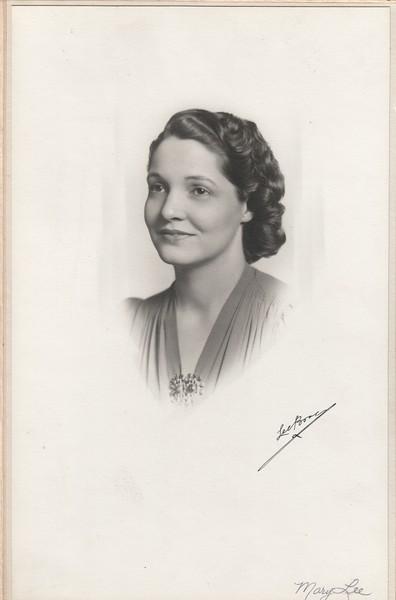 Mary Lee Reynolds Stewart, 1940s