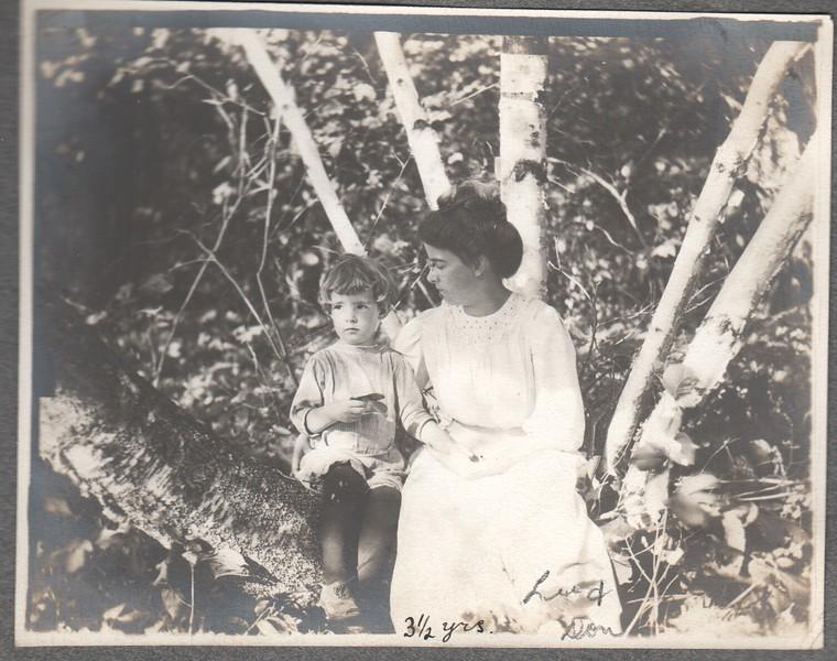 Don Stewart and Lu Stewart in tree, 1910