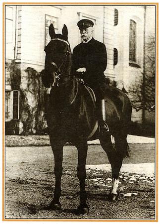 Tomas Garrigue Masaryk Memorial Photo Album