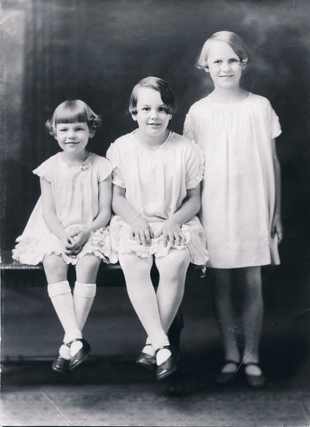 Vivian Nolin (on right), with sisters Rita and Erline, about 1930