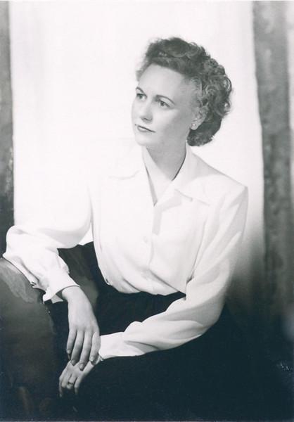 Vivian Nolin, engagement photo by Bradford Bachrach in Holyoke studio, 1947