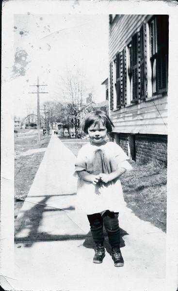 Vivian Nolin, age 3, 1920