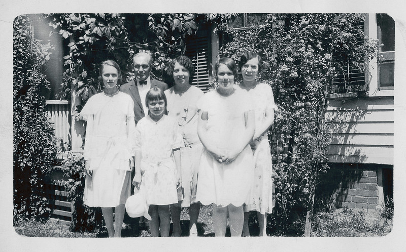 The Nolin family.  From left to right, Vivian, Arthur, Rita, Grace (Bailey), Erline, and Annie