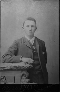 Clarence Benjamin Werts May 21, 1887 Aledo, IL. 18 years old.