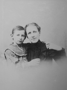 Clarence Beryl Werts and Nellie Sloan taken 1899. He was 8 years old.