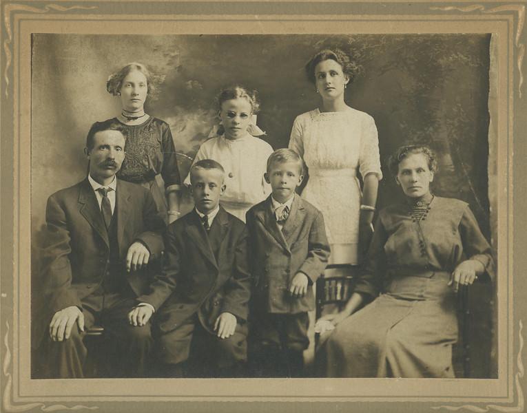 Carl & Ida Antenson and family