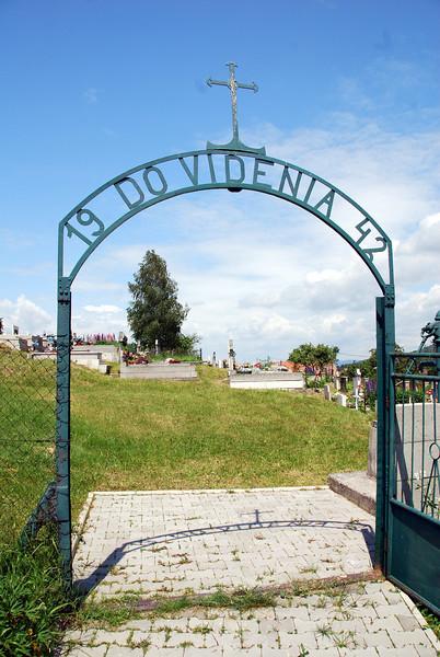 "Kalava cemetary entrance ""Good Bye 1942"""