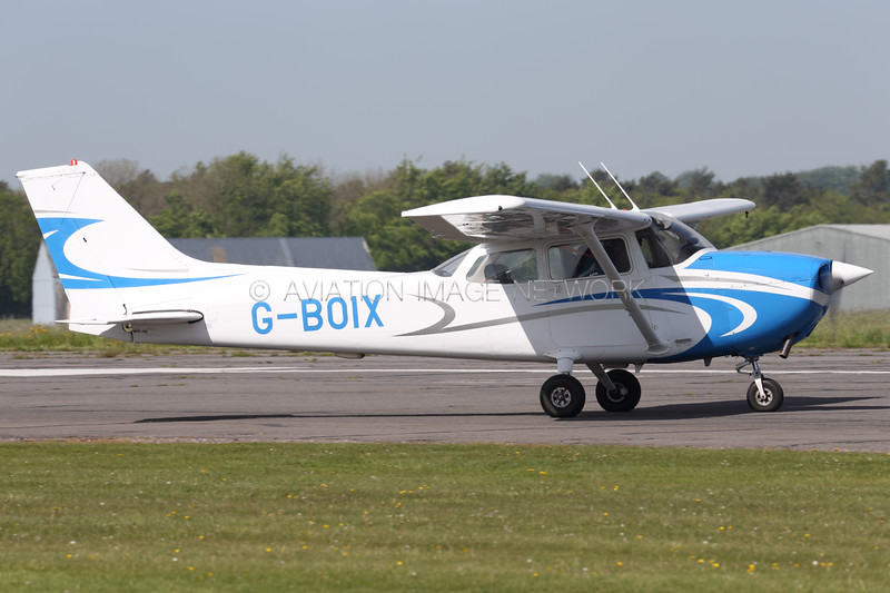G-BOIX   Cessna 172N SkyHawk
