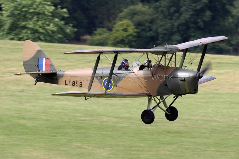 LF858 (G-BLUZ) | de Havilland DH82B Queen Bee