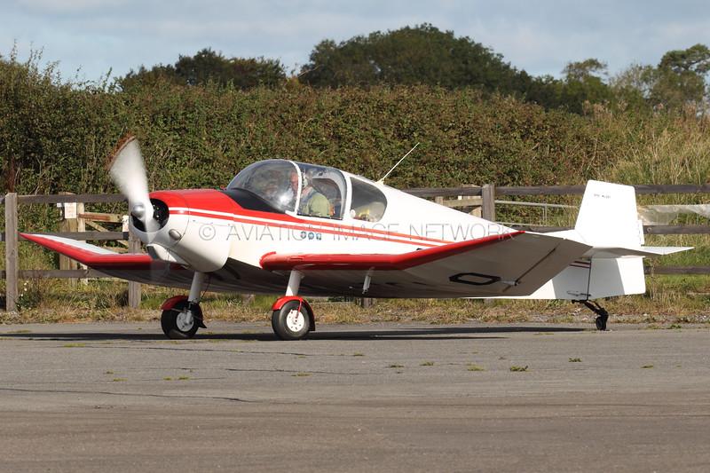 G-BGWO   Jodel D-112