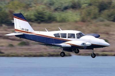 4X-CIB | Piper PA-23-250 Aztec E