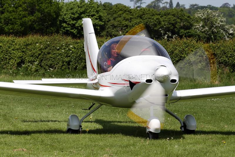 G-CGML   TL 2000UK Sting Carbon Sport  