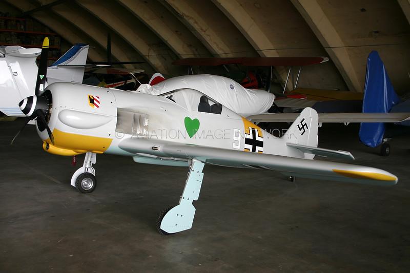 G-CCFW   WAR Focke-Wulf 190