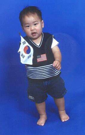 051404 koreanFlag lightenend cropped