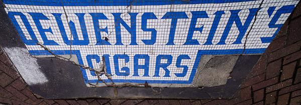 Cigar sign at Market Square-2115