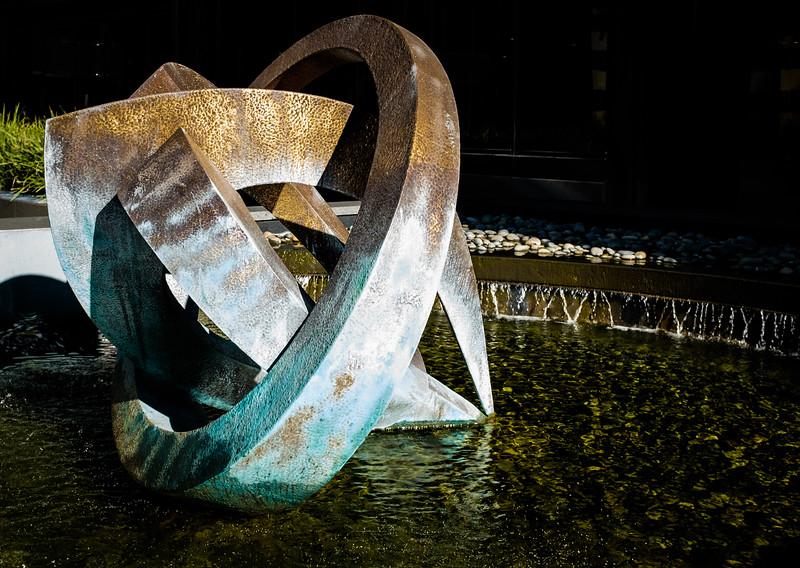 Fountain sculpture DSCF0501-05011
