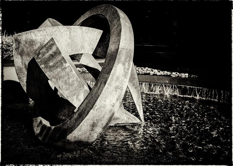 Fountain sculpture DSCF0501-Edit-1
