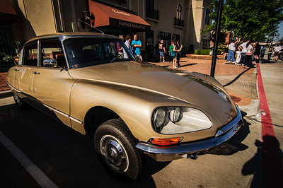 Coffee and cars-8504