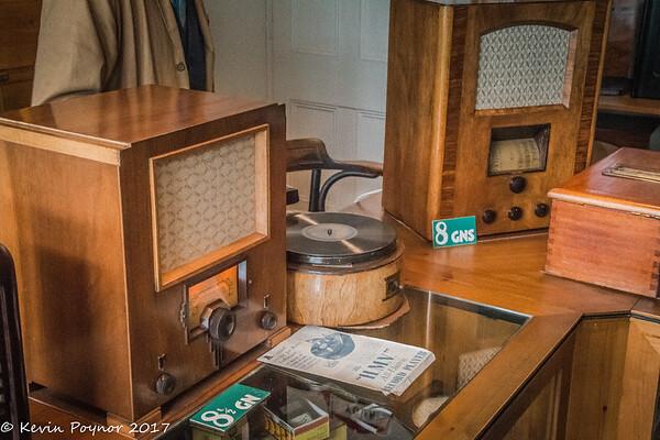 22-Mar-17 Vintage Radios