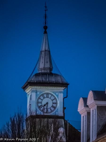 20-Dec-17 Nuneaton Clock Tower.