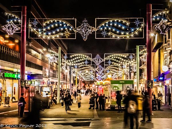 9-Dec-18 Christmas Shopping Street Scene.