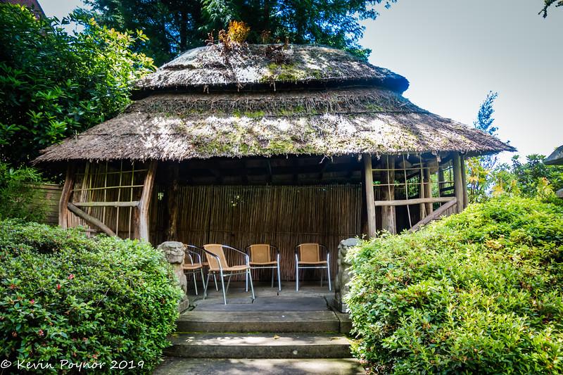 2-Nov-19 Compton Acres - Japanese Garden Tea House.