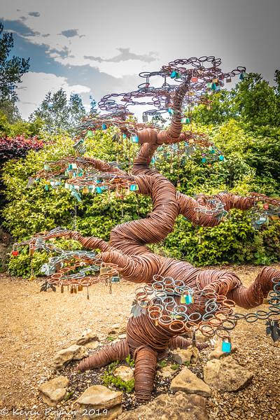 24-Nov-19 Sculpture of a Tree