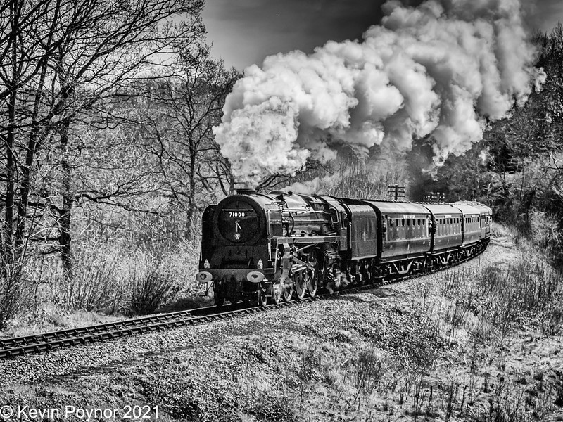 22-Feb-21 British Railways Class 8 No. 71000 steams towards Highley Station from Kidderminster