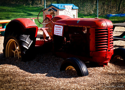 Tractor Play-3-081-l