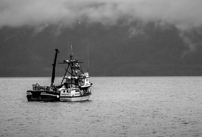 Fishing Boat Alaska-8346 pse bw