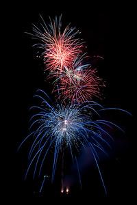New Year Fireworks Mindal Beach 20110101 GS7_7875