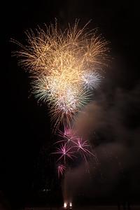 New Year Fireworks Mindal Beach 20110101 GS7_7893