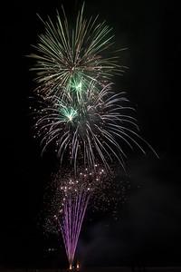 New Year Fireworks Mindal Beach 20110101 GS7_7885