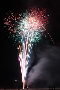 New Year Fireworks Mindal Beach 20110101 GS7_7889