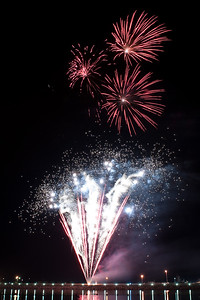 New Year Fireworks Darwin Waterfront 20101231 GS7_7823