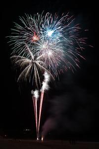 New Year Fireworks Mindal Beach 20110101 GS7_7862