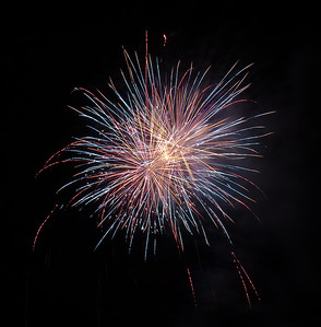 New Year Fireworks Mindal Beach 20110101 GS7_7864